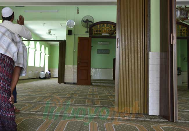 Gaji Takmir dari Kas Masjid