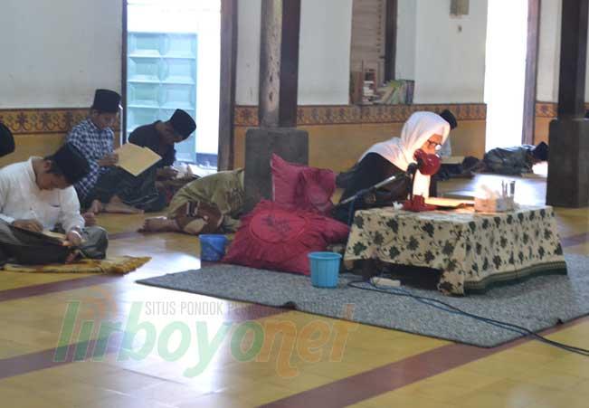 Jadwal Pengajian Ramadlan Pondok Lirboyo 2016