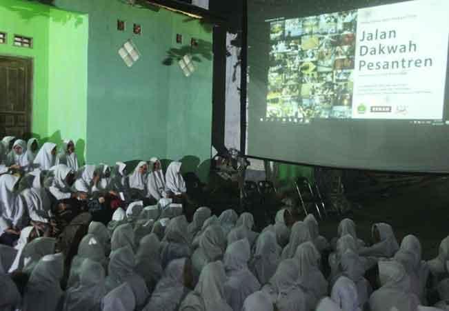 Diskusi Film Jalan Dakwah Pesantren