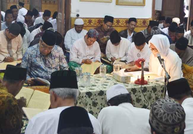 Jadwal Pengajian Lirboyo Ramadan 1439 H.