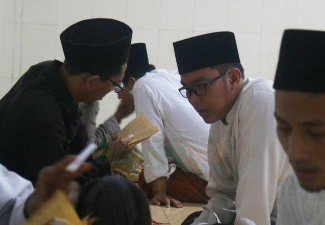 Ramainya Festival Seribu Nadzam
