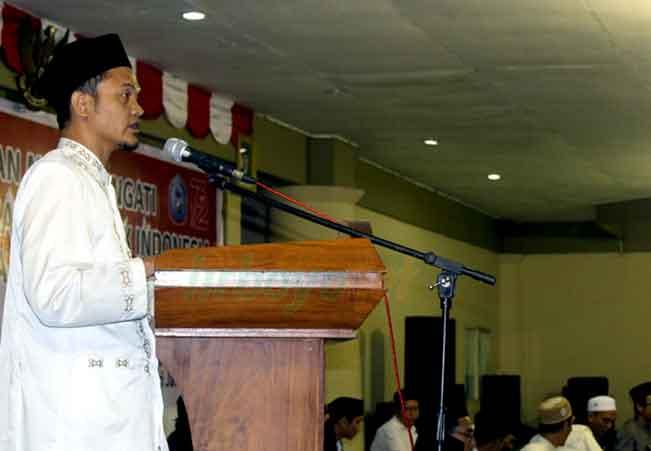 Bergeraklah! Indonesia Membutuhkan para Santri!