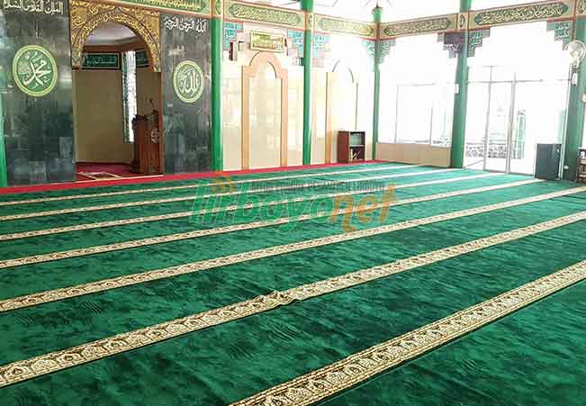 Sajadah Masjid Sebagai Garis Shof