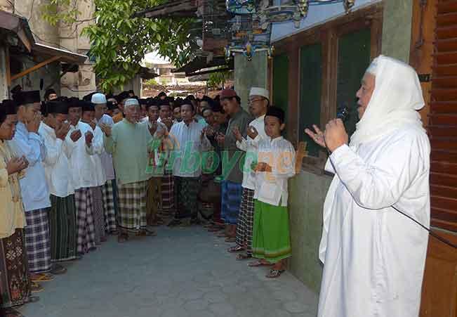 Tugas Santri Ibadah dan Ngaji