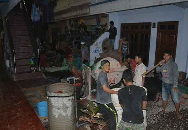 Ro'an Malam Santri Jawa Barat
