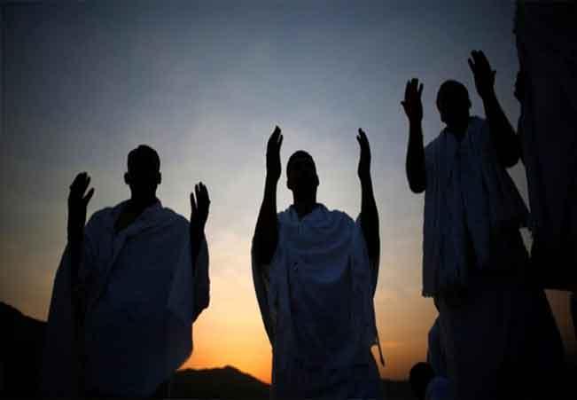 Hukum Mendahulukan Haji Orang Tua