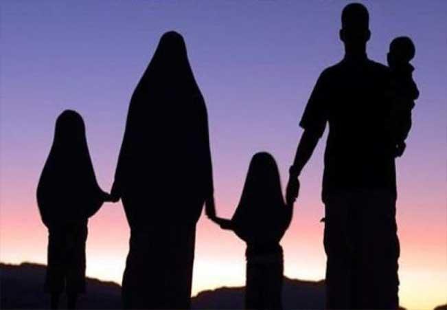 Khotbah Jumat: Memperlakukan Isteri