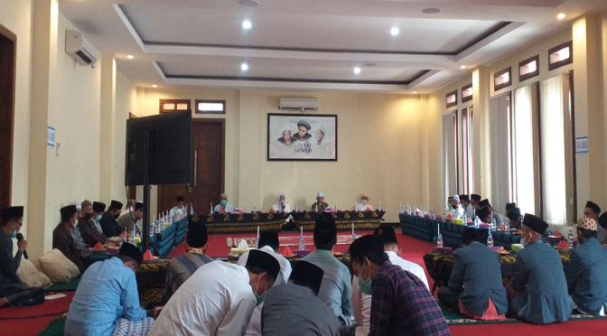 Ikrar dan Serah Terima Wakaf Pondok Pesantren Lirboyo
